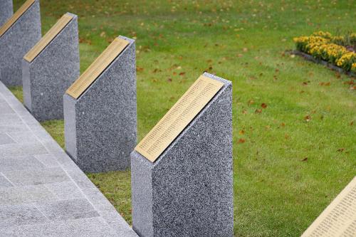 Cimitero Militare Italiano di Stahnsdorf - ceppi nominativi