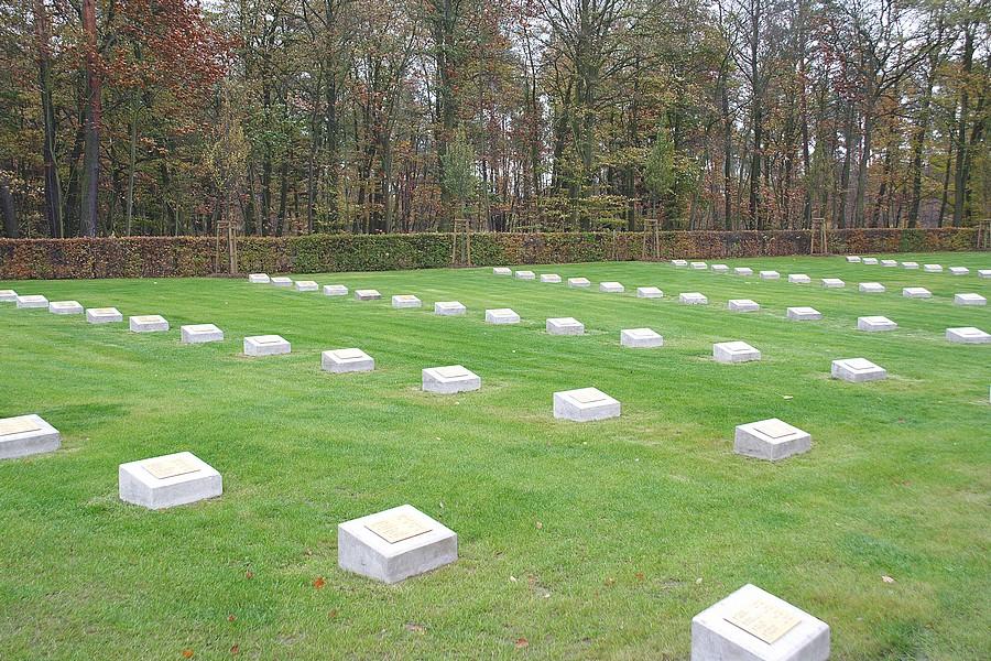 Cimitero Militare Italiano di Stahnsdorf - Tombe